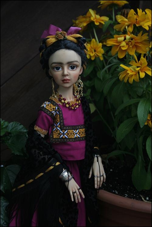 Frida_Violet2